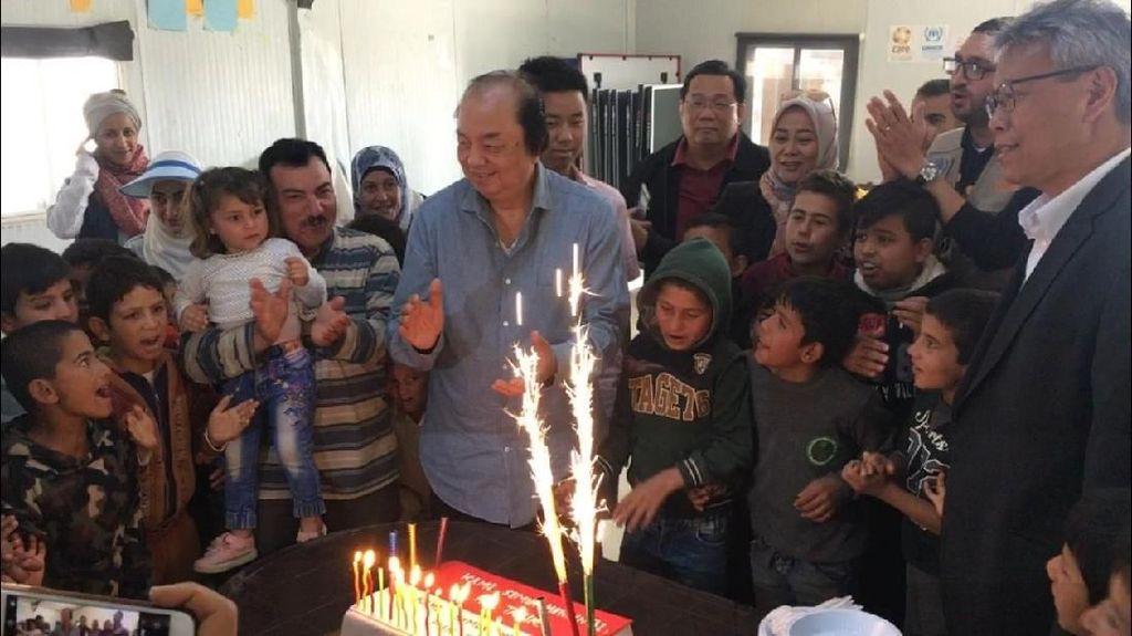Cupcakes Merah-Putih untuk Anak-anak Pengungsi Suriah