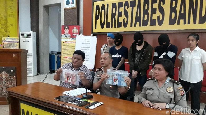 Foto: Sindikat Napi Bandung Pemeras Puluhan Wanita Bugil