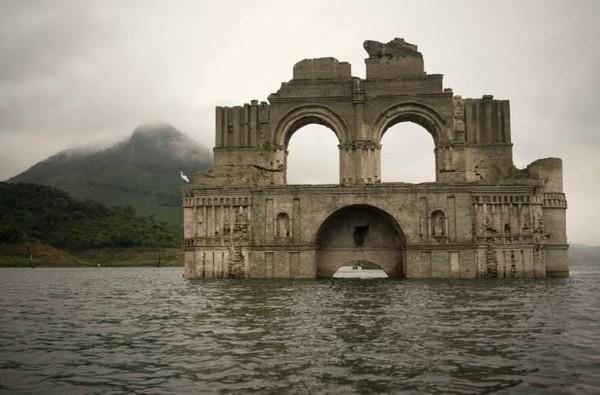 Temple of Santiago muncul kembali ke permukaan setelah tenggelam selama berpuluh-puluh tahun (CNN Style)