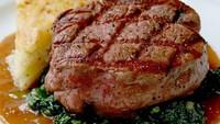 Duh! Suami Istri Ini Nekat Kabur Setelah Lahap Steak Rp 1,8 Juta