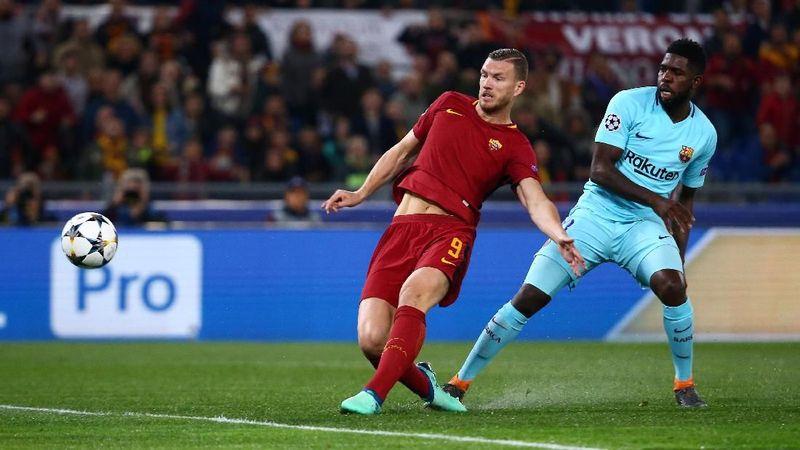 Edin Dzeko berperan besar dalam keberhasilan AS Roma menyingkirkan Barcelona dari Liga Champions. Ia mencetak gol tandang (yang akhirnya jadi krusial) dan juga gol pembangkit semangat di kandang sendiri (Tony Gentile/Reuters)