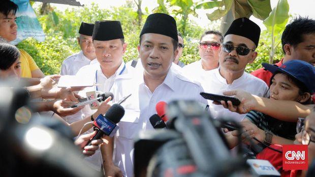 Wakil ketua umum DPP Gerindra Ferry Juliantono mengaku sempat ikut seleksi anggota BPK meski tak melanjutkannya.