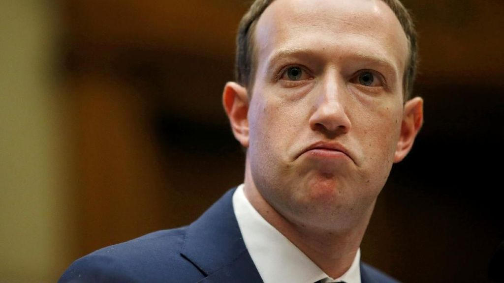 Mark Zuckerberg dan Jeff Bezos Kaya Tapi Kurang Beramal