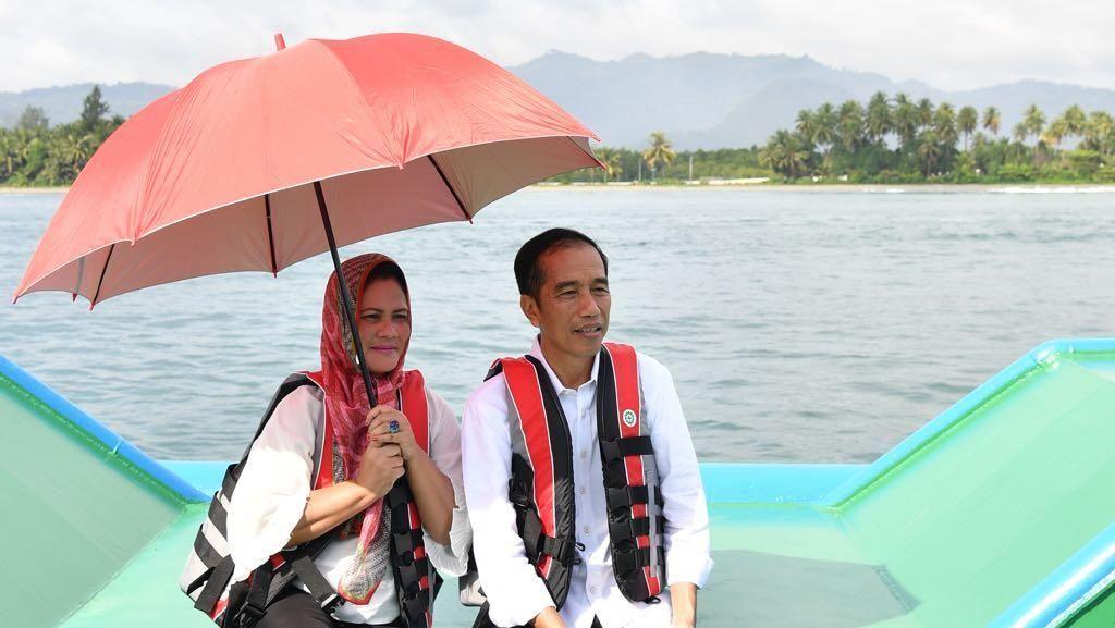 Saat Iriana Mengaku Cemburu Lihat Jokowi Dipeluk Wanita Lain