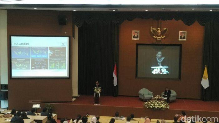 Menteri Rini Soemarno jadi pembicara di UGM/Foto: Usman Hadi/detikFinance