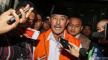 Hakim Tolak Pencabutan Hak Politik Eks Bupati Abubakar