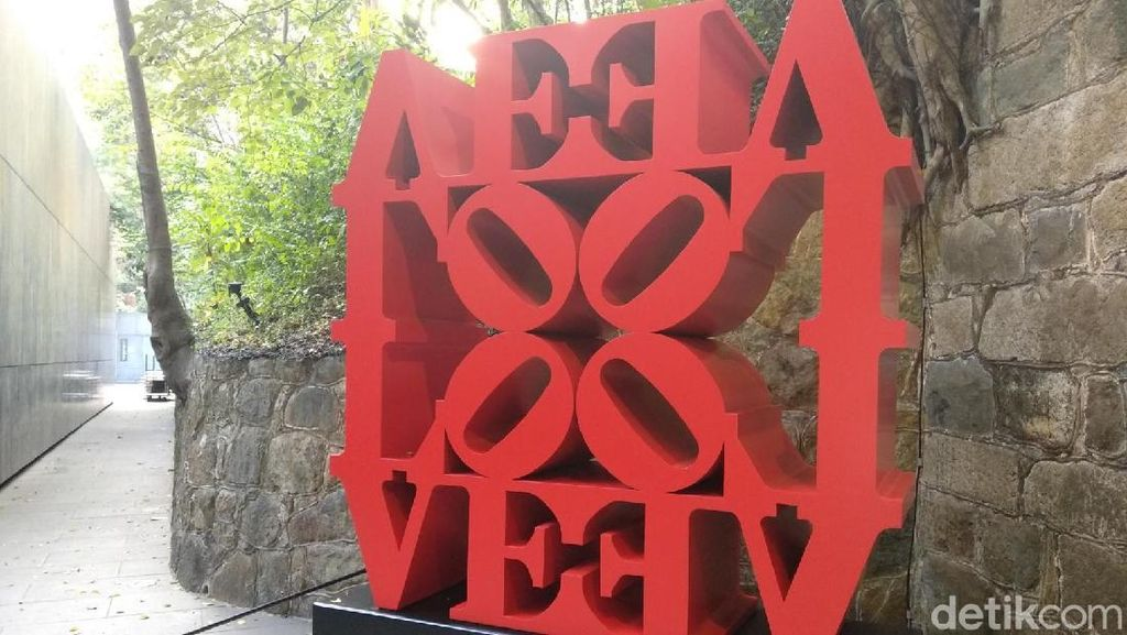 Robert Indiana, Pencipta Patung Ikonik LOVE Tutup Usia