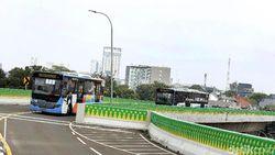 Pemerintah Mau Bikin Transportasi Gabungan Bus dan LRT di Surabaya