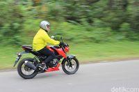 Suzuki GSX-S 150 Saat Touring ke Puncak.