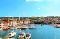 Pulau Brac yang sudah menjadi destinasi tersohor di Kroasia