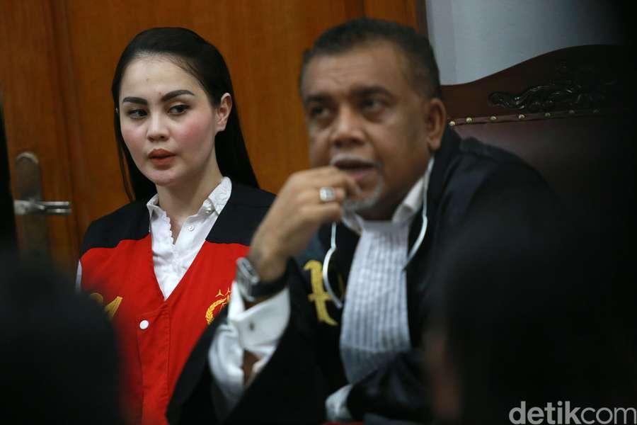 Penampilan Jennifer Dunn di Pengadilan, Tata Janeeta Balikan dengan Mehdi