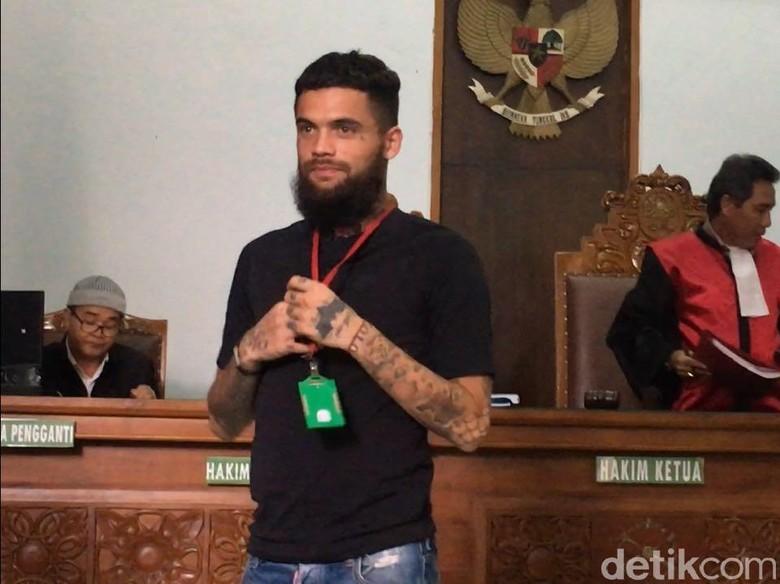 Ditanya Hakim Pukuli Orang, Diego Michiels Malah Lupa Terus