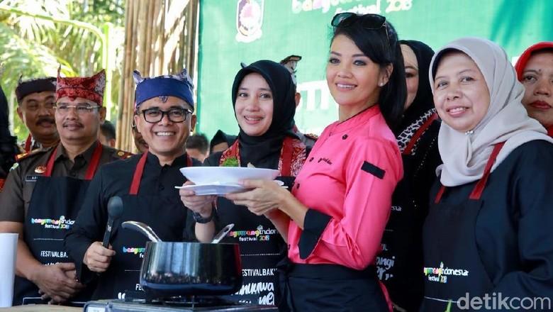 Farah Quinn di Festival Banyuwangi Kuliner (Ardian Fanani/detikTravel)