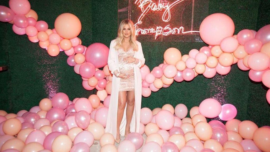 Mengintip Isi Kamar Bayi Khloe Kardashian, Ada Tempat Tidur Rp 63 Juta