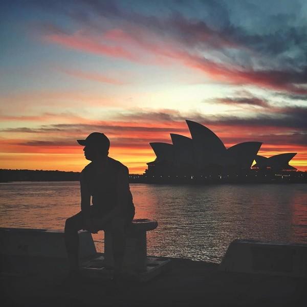Sebut saja Sydney, London, Saudi Arabia, Jepang dan lainnya. (tunku_idris/ Instagram)