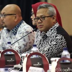 KPU Ingatkan Alat Peraga Kampanye Harus Diturunkan di Masa Tenang