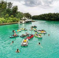 Para finalis Miss Universe 2015 dibuat kegirangan dengan keindahan Kepulauan Seribu (anindyakputri/Instagram)