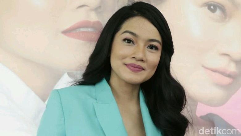 Cara Titi Kamal Jaga Mood Tetap Happy Saat Temani Anak Bermain/ Foto: Ismail/detikHOT