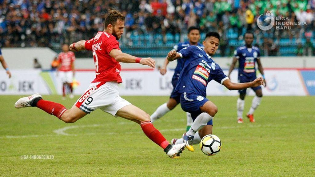 Ilija Spasojevic Lempar Kode ke Persib Bandung?