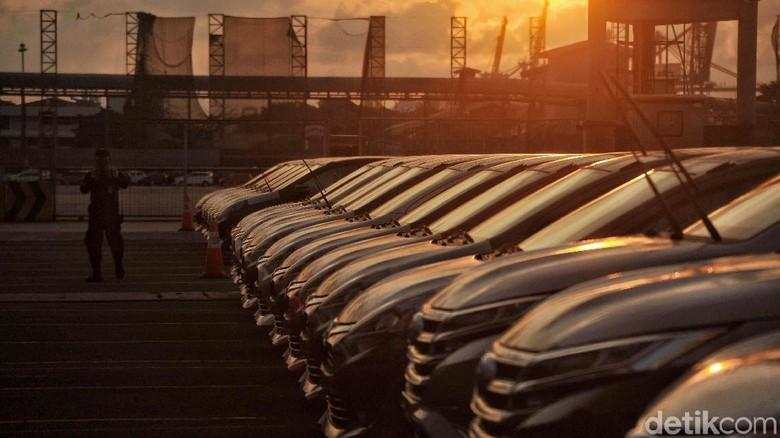 Toyota mengumumkan performa ekspor kendaraan mereka dalam bentuk Completly Built-Up (CBU) sepanjang 2017 lalu. Angkanya menyentuh 200 ribu unit.
