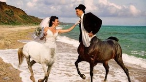 Deretan Foto Pernikahan ala Rusia Ini Bikin Geli