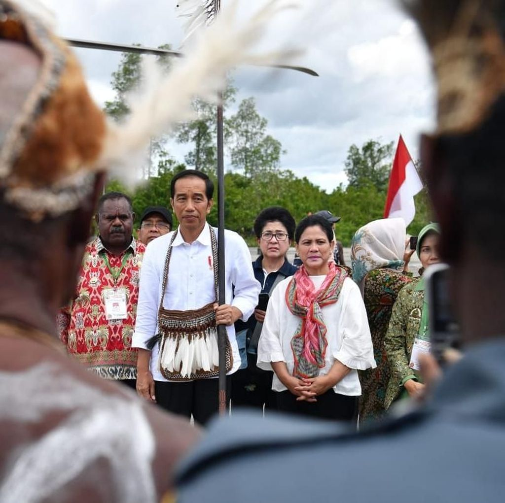 Blokir Internet Papua Tuai Kritikan, Jokowi Anggap Demi Kebaikan