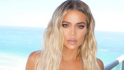 Ini Dukungan Keluarga untuk Khloe Kardashian Setelah Melahirkan