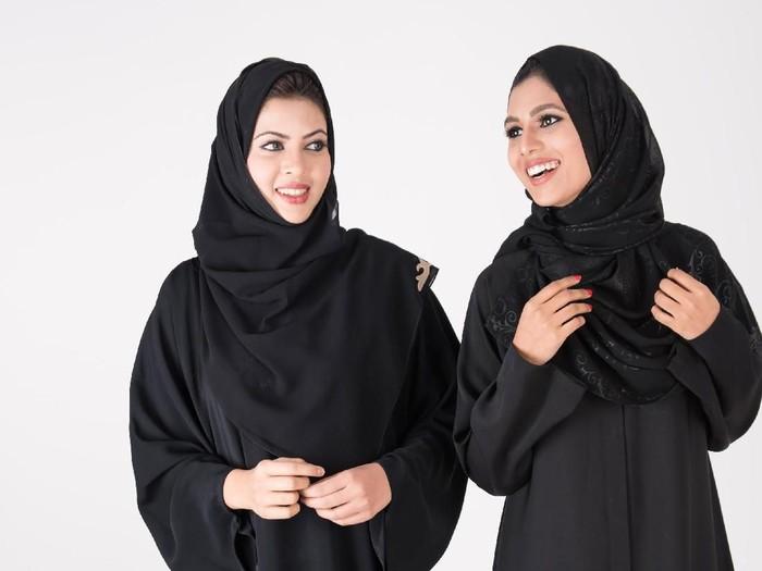 Pertama Kalinya, Puluhan Wanita Bersepeda Bersama di Arab. Foto: Thinkstock