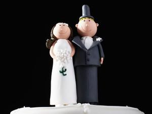 Pengantin Pria Dikritik, Larang Kakak yang Menyusui Bayi Hadir di Pernikahan