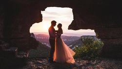 Setelah Menikah: Nebeng Orang Tua atau Ngontrak? (1)