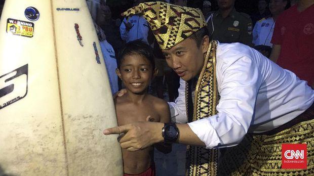 Cikal saat ditemui Menpora RI Imam Nahrawi di Krui, Lampung. (