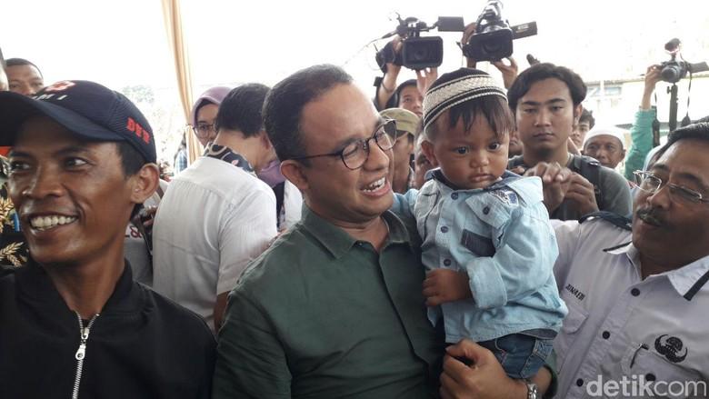 Anies Bicara Keadilan, Warga Kampung Akuarium Teriak Ganti Presiden