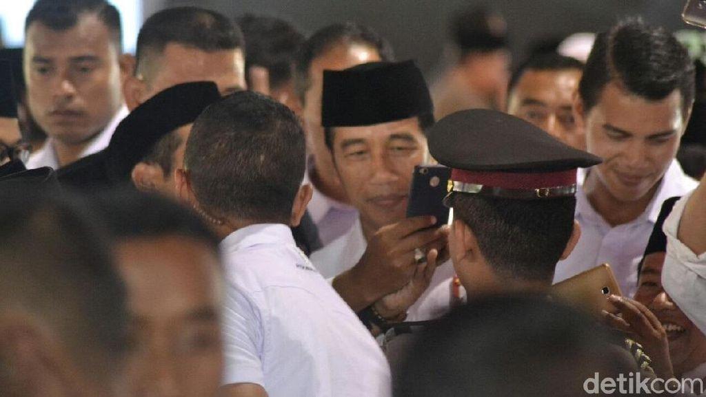 Jokowi Janji Usahakan Upah Penyuluh Agama non-PNS Naik