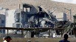Foto: Reruntuhan Buntut Serangan AS di Suriah