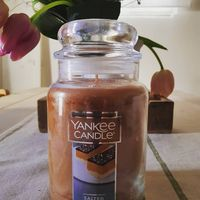 Unik! Lilin Ini Keluarkan Aroma Manis Asin, Salted Caramel