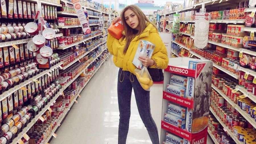 Keceriaan dan Mata Sembab Jessica Iskandar di Amerika