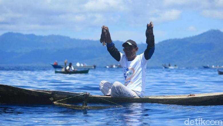 Keseruan Festival Maksaira di Kepulauan Sula (Johannes Randy/ detikTravel)