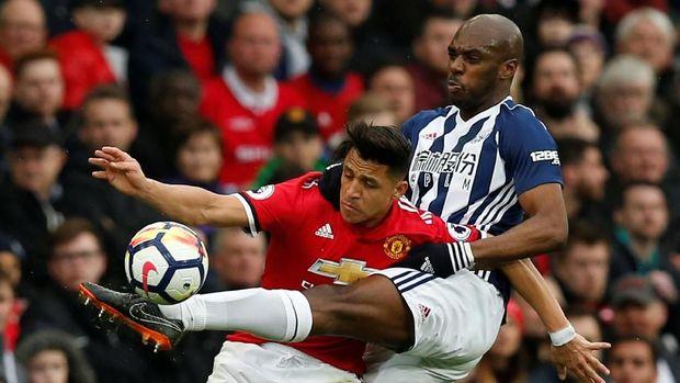 Alexis Sanchez dianggap sebagai salah satu pemain yang tampil buruk melawan West Brom.