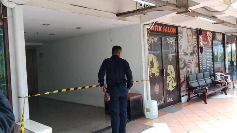 Mayat Wanita Ditemukan di Teras Apartemen di Pluit