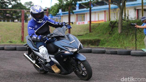 Fakta Yamaha Aerox 155 VVA, Spesifikasi, dan Harga Terbaru
