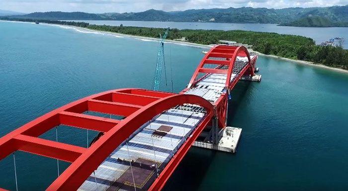 Jembatan tersebut menghubungkan Kota Jayapura dengan Distrik Muara Tami di Provinsi Papua. Istimewa/Sekretariat Presiden Biro Pers Media dan Informasi.