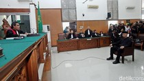 Sidang Ahmad Dhani, Pendukung Ahok: Saya Merasa Diludahi