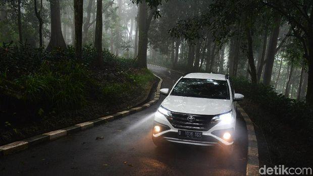 Toyota Rush harganya naik Rp 2,1 juta