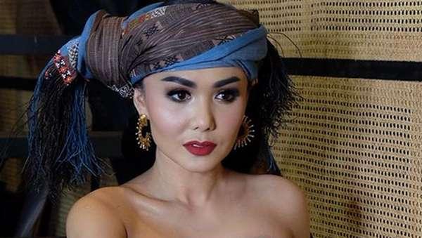 Begini Pose Yuni Shara yang Dinyinyirin Netizen