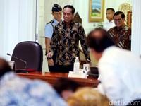 Cerita Jokowi Coret 14 Proyek Strategis Nasional