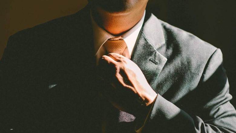 Mayoritas Penasihat Keuangan di Australia Tanpa Gelar