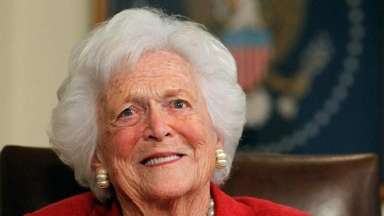 Foto: Ini Mantan Ibu Negara AS yang Tolak Dirawat di RS