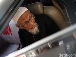 Ditjen Pas Belum Terima PB atau Grasi, Abu Bakar Ba'asyir Bebas Lewat Apa?