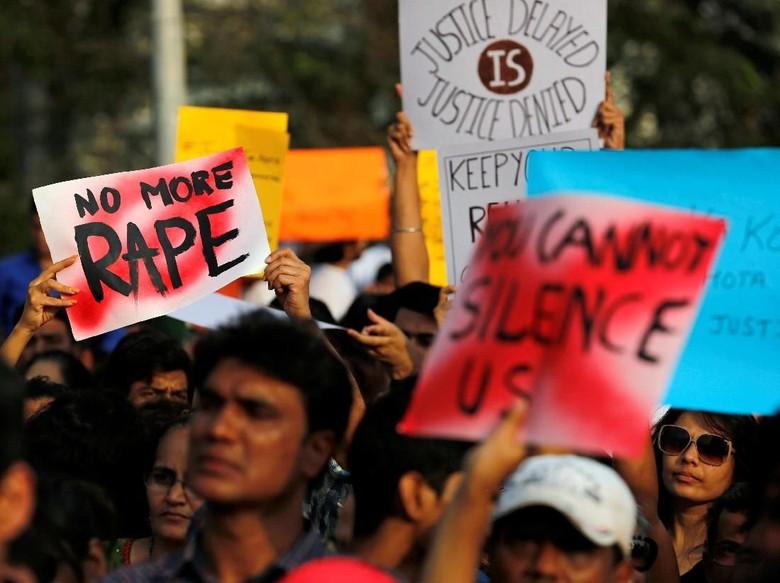 Marak Pemerkosaan Anak, Warga India Gelar Aksi Demo