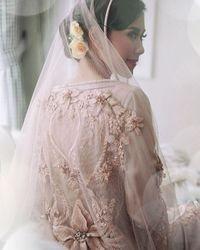 Cantiknya Syahnaz Bergaun Pink Saat Pengajian Jelang Menikah